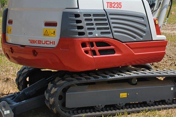 excavadora compacta 4300kg takeuchi